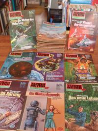 div. Autoren, Terra Astra – Konvolut von 33 Exemplaren der 1. Auflage,